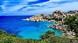 Single reizen voor hoger opgeleiden naar Sicilië en Sardinië