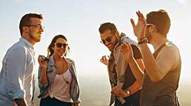 De verre reizen voor singles bieden veel mogelijkheden